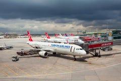 Aéroport d'Istanbul Ataturk, Turquie Images libres de droits