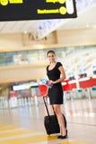 Aéroport de bagage de femme d'affaires Images stock