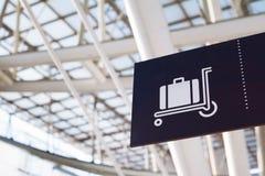 Aéroport de connexion de bagages Image libre de droits