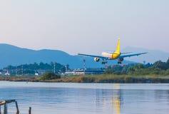 AÉROPORT DE CORFOU, GRÈCE - 9 JUILLET 2011 : Airbus A319 de Germanwings Photo libre de droits