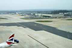 Aéroport de Gatwick. Le Sussex. Angleterre Photo stock