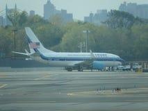 Aéroport 25 de Jet Airplane At LaGuardia de Donald Trump Images libres de droits