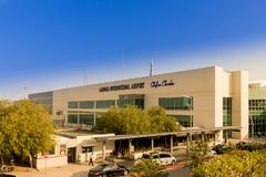 Aéroport de Larnaca, Chypre image libre de droits