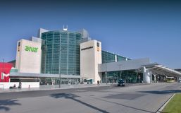 Aéroport de Lisbonne - terminal 1 Photo stock