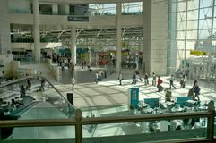 Aéroport de Lisbonne - terminal 1 Image stock