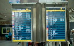 Aéroport de Lisbonne - terminal 2 - horaire Photo stock