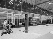 Aéroport de Londres Stansted noir et blanc Photos stock