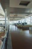 Aéroport de Madrid avec le passager Image libre de droits