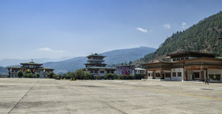 Aéroport de Paro, Bhutan Photographie stock libre de droits