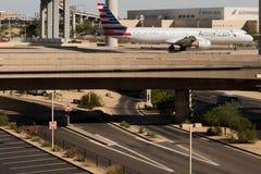 Aéroport de PHX Avions d'American Airlines sur la rampe Photographie stock libre de droits