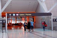 Aéroport de porte de gens Image libre de droits