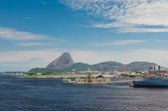 Aéroport de Sugarloaf et de Santos Dumont en Rio de Janeiro Images libres de droits