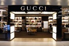 Aéroport de Suvarnabhumi : Gucci font des emplettes Image libre de droits