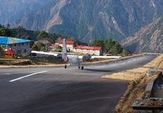 Aéroport de Tenzing-Hillary dans Lukla, Népal. Photographie stock