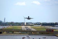 Aéroport de ville Image stock