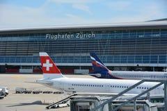 Aéroport de Zurich en Suisse Images libres de droits