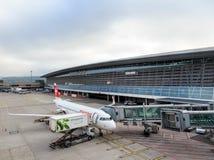 Aéroport de Zurich un jour obscurci Image stock