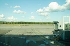Aéroport du ` s de Helsinki en Finlande Photos stock