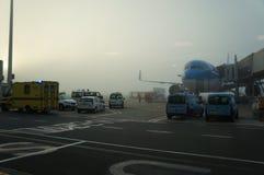 Aéroport en dehors de la scène d'hublot Photo libre de droits