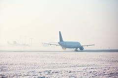 Aéroport en hiver Image libre de droits