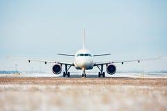 Aéroport en hiver Images stock