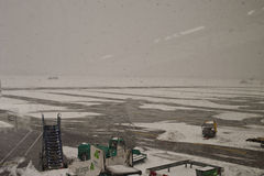 Aéroport fermé, vols annulés Photo stock