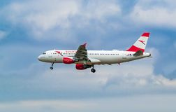 AÉROPORT FRANCFORT, ALLEMAGNE : LE 23 JUIN 2017 : Autrichien AI de Boeing 767 Image stock