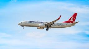 AÉROPORT FRANCFORT, ALLEMAGNE : LE 23 JUIN 2017 : Boeing 737-800 turc Photo stock