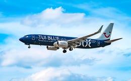 AÉROPORT FRANCFORT, ALLEMAGNE : LE 23 JUIN 2017 : Mouche Deu de Boeing 737 TUI Photographie stock