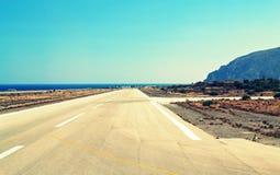 Aéroport Grèce d'île de Santorini de piste Photo libre de droits
