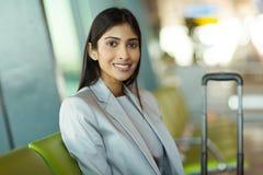 Aéroport indien de femme d'affaires Photos stock