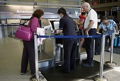 Aéroport, inscription à un vol Images libres de droits