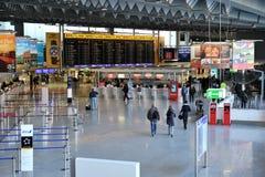 Aéroport intérieur de Francfort pendant la journée Images stock