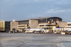 Aéroport international de Francfort du terminal 1 Image stock