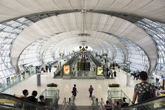 Aéroport international de Suvarnabhumi à Bangkok, Thaïlande Photo stock