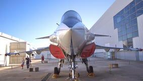 Aéroport Le Bourget, France - 20 août 2013 : L'avion de chasse prend Images libres de droits