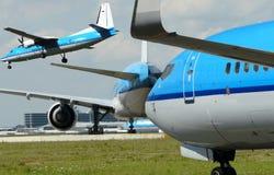 Aéroport occupé Images stock