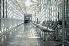 Aéroport, salle d'attente, secteur de voyageur Photographie stock libre de droits