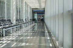 Aéroport, salle d'attente, secteur de voyageur Photos stock