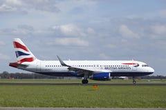 Aéroport Schiphol d'Amsterdam - Airbus A320 de British Airways débarque Photos stock