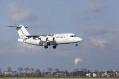 Aéroport Schiphol d'Amsterdam - CityJet Avro RJ85 débarque Images libres de droits