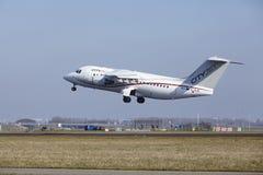 Aéroport Schiphol d'Amsterdam - CityJet Avro RJ85 décolle Photographie stock libre de droits