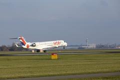 Aéroport Schiphol d'Amsterdam - le bombardier CRJ-701 d'HOUBLON débarque Photo libre de droits