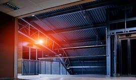 Aéroport vide la nuit Image libre de droits