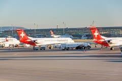 Aéroport Zurich - vue d'aérodrome Photographie stock