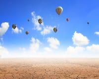 Aérostats de vol Photographie stock libre de droits