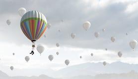 Aérostats en ciel Image stock