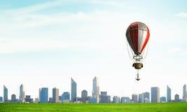 Aérostats volant haut Media mélangé Images libres de droits