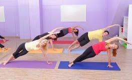 Aërobe Pilates royalty-vrije stock afbeelding