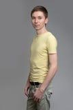 Aíslan al hombre joven hermoso del retrato Imágenes de archivo libres de regalías